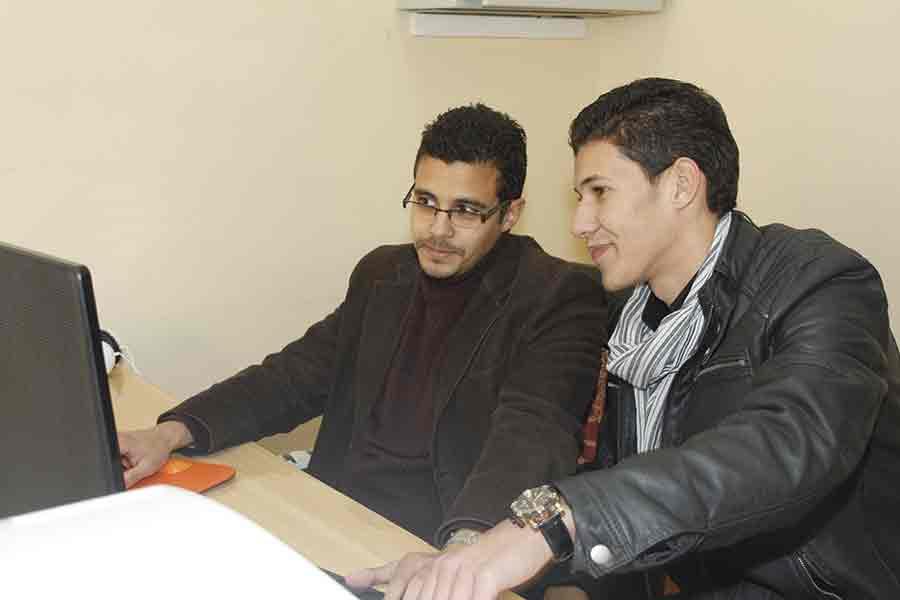 creation-site-web-algerie-SEO-hebrgenment-équipe-genhyal-Responsable-Design-Web